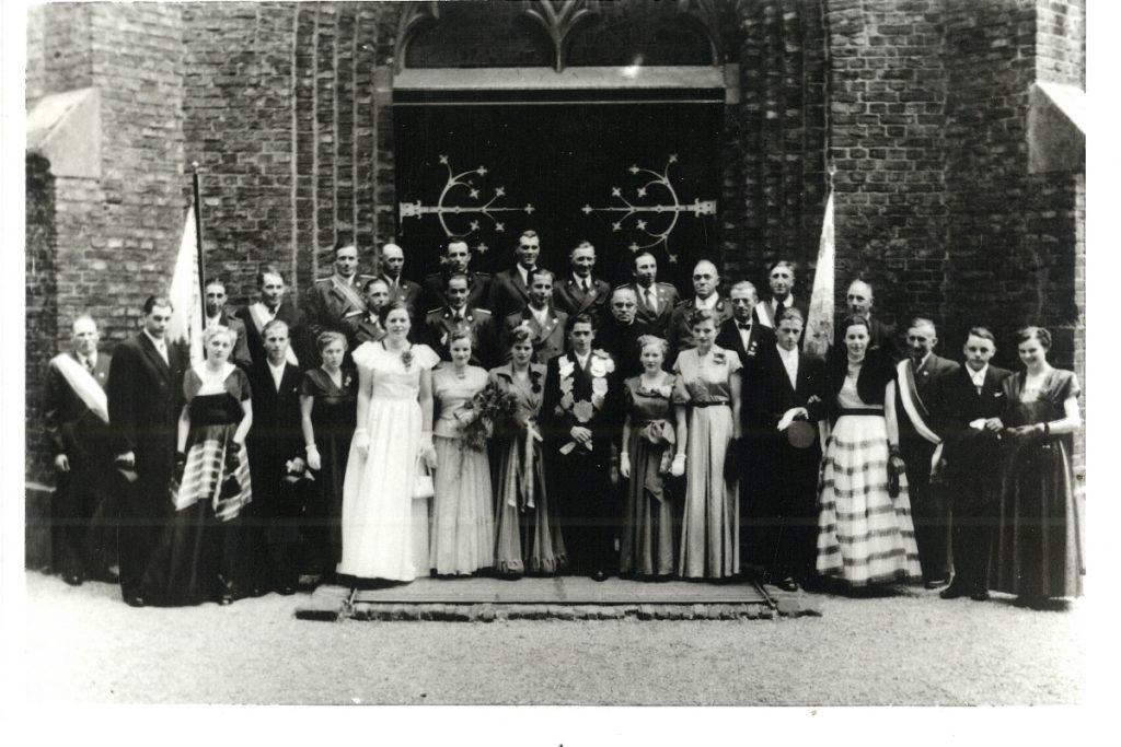 Wilhelm II. (Janßen) und Marlene I. (Bormann)
